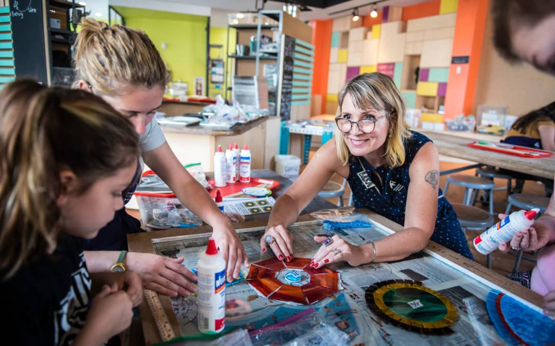 Create Glass Mosaics with Teaching Artist, Lisa Arnold at Minnesota Children's Museum